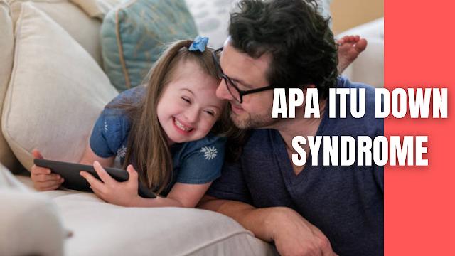 Apa Itu Down Syndrome Pada Manusia Definisi Down Syndrome  Down syndrome adalah suatu kondisi keterbelakangan fisik dan mental anak yang diakibatkan adanya abnormalitas kromosom. Kromosom ini terbentuk akibat kegagalan sepasang kromosom untuk saling memisahkan diri saat terjadi pembelahan.  Pada manusia normal, 23 kromosom tersebut berpasang-pasangan hingga jumlahnya menjadi 46. Pada penderita down syndrome, kromosom nomor 21 berjumlah tiga (trisomi), sehingga totalnya menjadi 47 kromosom. Jumlah yang berlebihan ini mengakibatkan ketidakstabilan pada sistem metabolisme sel dan kelainan dari jumlah kromosom ini mengakibatkan kelainan perkembangan otak dan terganggunya keseimbangan motorik yang akhirnya memunculkan down syndrome. Hingga saat ini, penyebab terjadinya down syndrome dikaitkan dengan hubungan antara usia sang ibu ketika mengandung dengan kondisi bayi. Yaitu semakin tua usia ibu, maka semakin tinggi pula risiko melahirkan anak dengan down syndrome.  Kromosom merupakan serat-serat khusus yang terdapat di dalam setiap sel di dalam badan manusia dimana terdapat beberapa genetik yang menentukan sifat-sifat seseorang. Manusia secara normal memiliki 46 kromosom, sejumlah 23 diturunkan oleh ayah dan 23 lainnya diturunkan oleh ibu.  Kromosom pada anak down syndrome hampir selalu memiliki 47 kromosom bukan 46. Ketika terjadi pematangan telur, 2 kromosom pada pasangan kromosom 21, yaitu kromosom terkecil gagal membelah diri. Jika telur bertemu dengan sperma akan terdapat kromosom 21 yang istilah teknisnya adalah trisomi 21. Down syndrome bukanlah suatu penyakit menular, karena sudah terjadi sejak dalam kandungan.  Perbedaan fisik anak normal dengan anak down syndrome dapat diketahui ciri utama dari bentuk ini adalah dari segi struktur muka dan atau ketidakmampuan fisik serta waktu hidup yang singkat. Pada tahun 1866, John Langdon Haydon Down pertama kali mendeskripsikan gambaran fisik dan masalah kesehatan yang sesuai dengan gambaran down syndrome. Lejeune dan Jacob