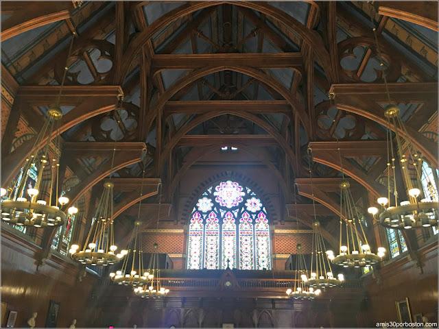 Annenberg Hall, Universidad de Harvard