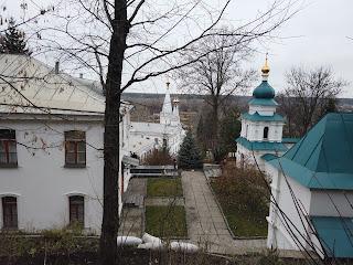 Святогірськ. Історико-архітектурний заповідник «Святі гори». Готель і святі храми обителі
