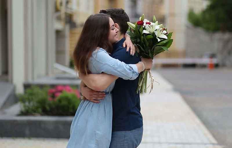 cowok romantis itu selalu Membuat Cewek Rindukan