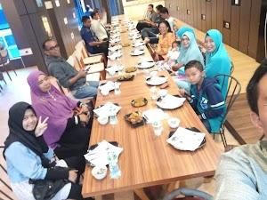 Momen Buka Puasa Bersama di Kawali Square Bukittinggi, Setahun Sebelum Adanya Covid-19