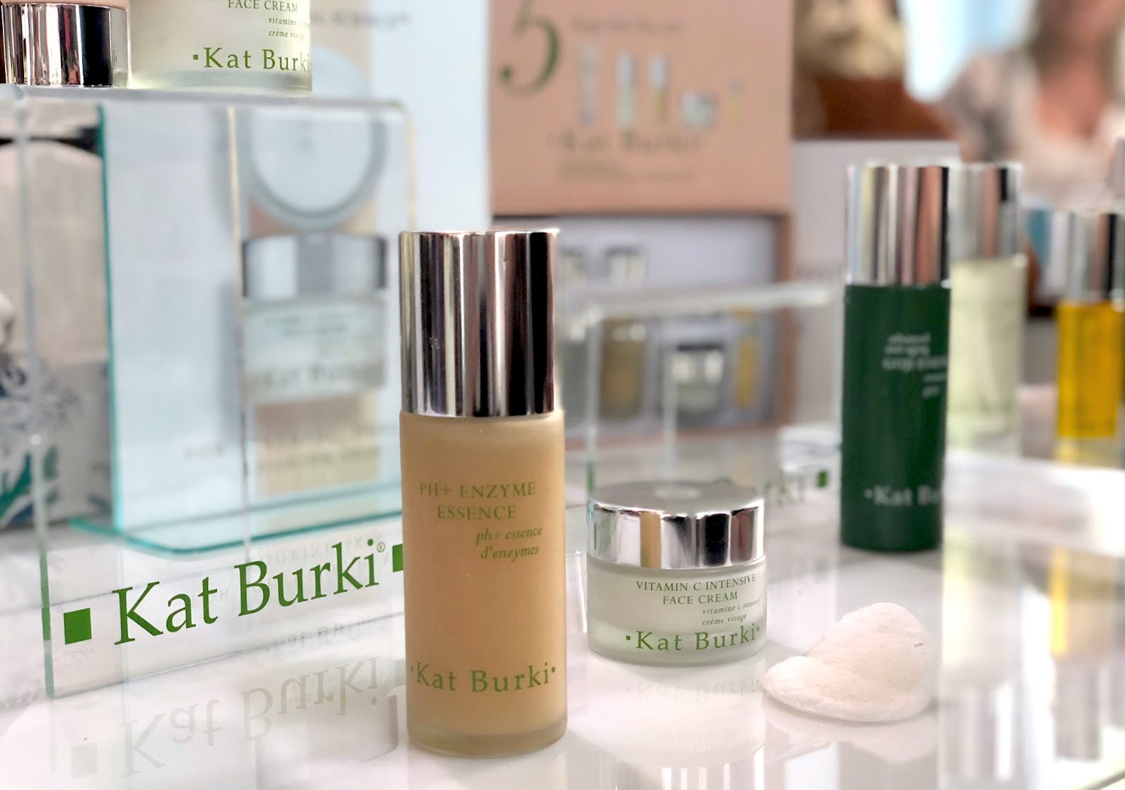 Kat Burki PH+ Enzyme Essence