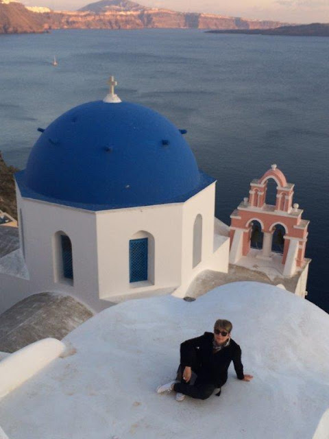 The house with blue dome in Oia, Santorini