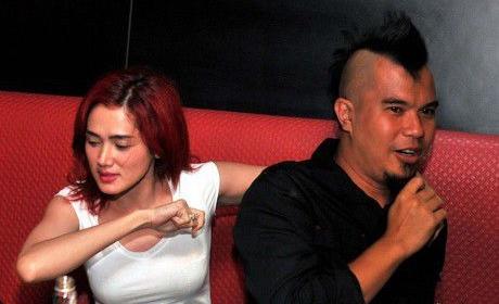 Ahmad Dhani dan Mulan Jameela Diberi Amanah Jadi Anggota Tim Kerja Anies-Sandi