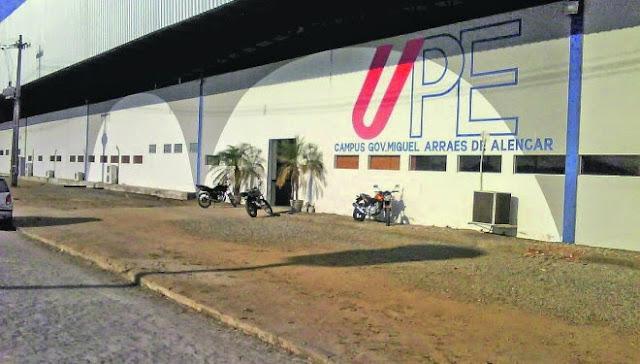 Cursos de idioma são oferecido pela UPE em Caruaru.