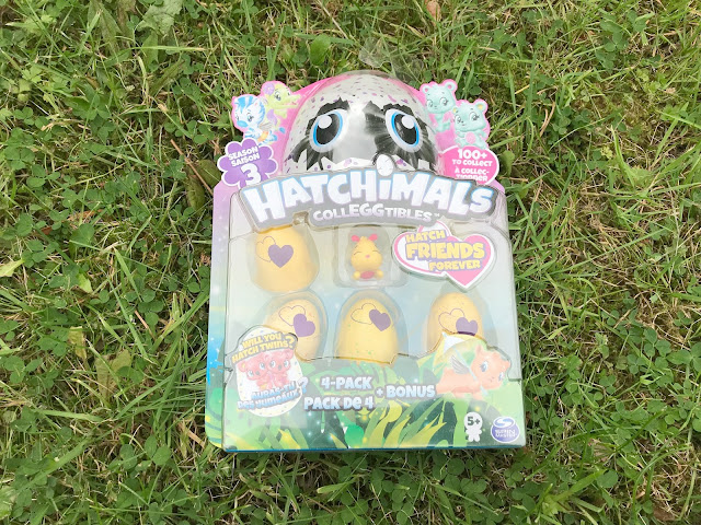 Hatchimals series 3 package