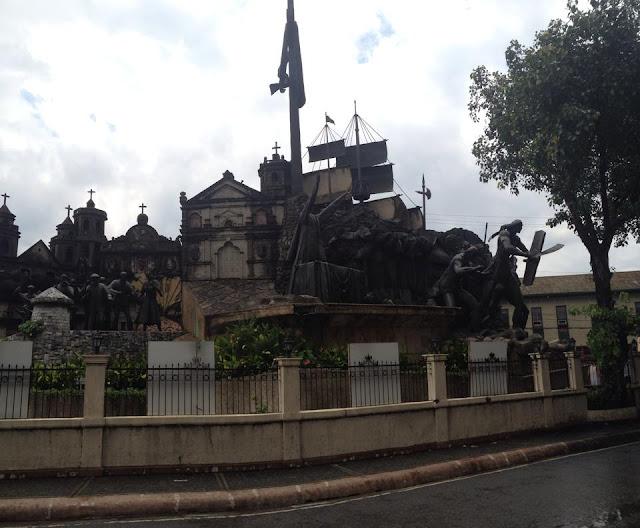 Tour in Cebu stop: Cebu Heritage Monument