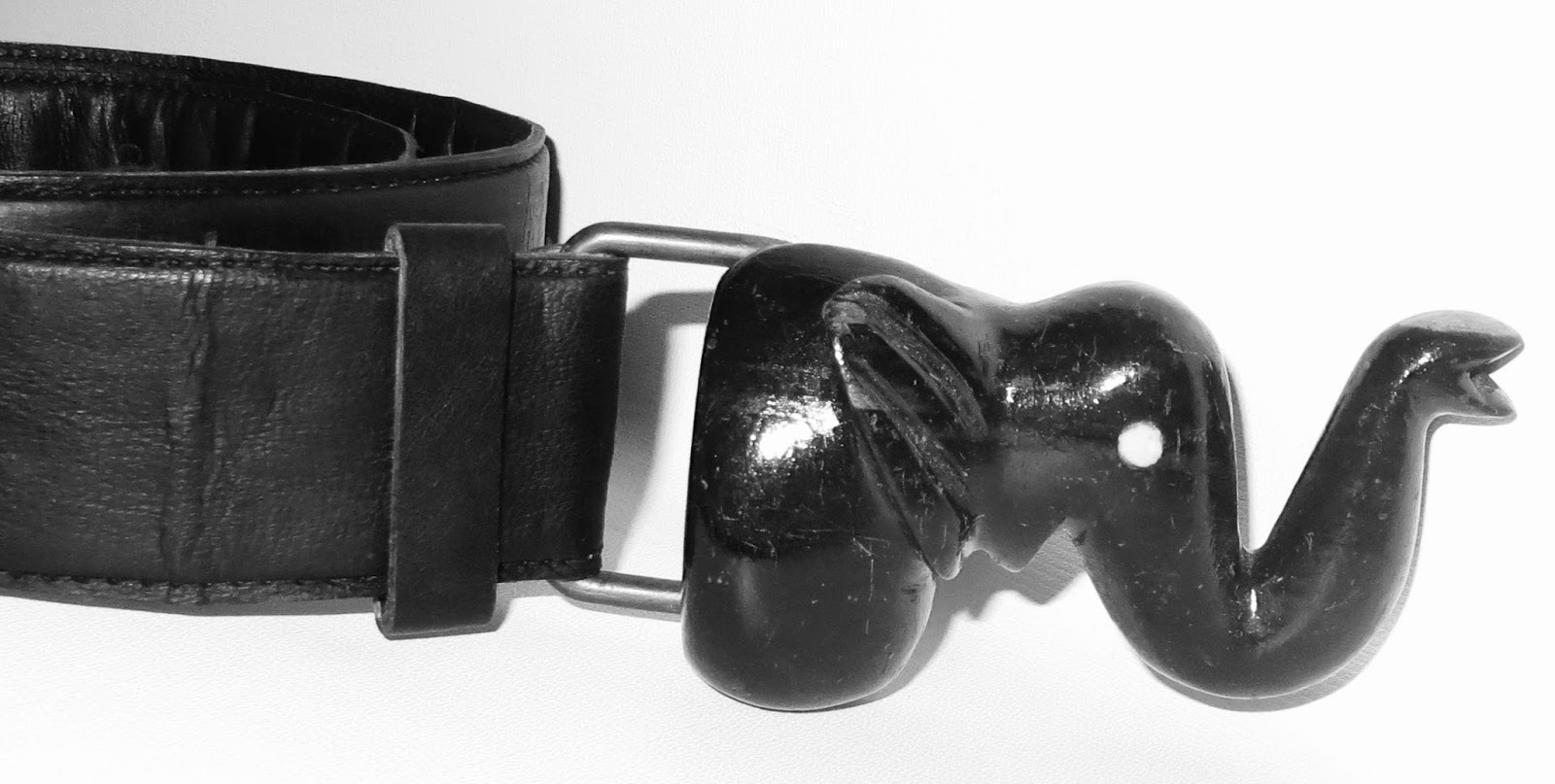 Malik Leather Belt w/ wood Elephant Buckle
