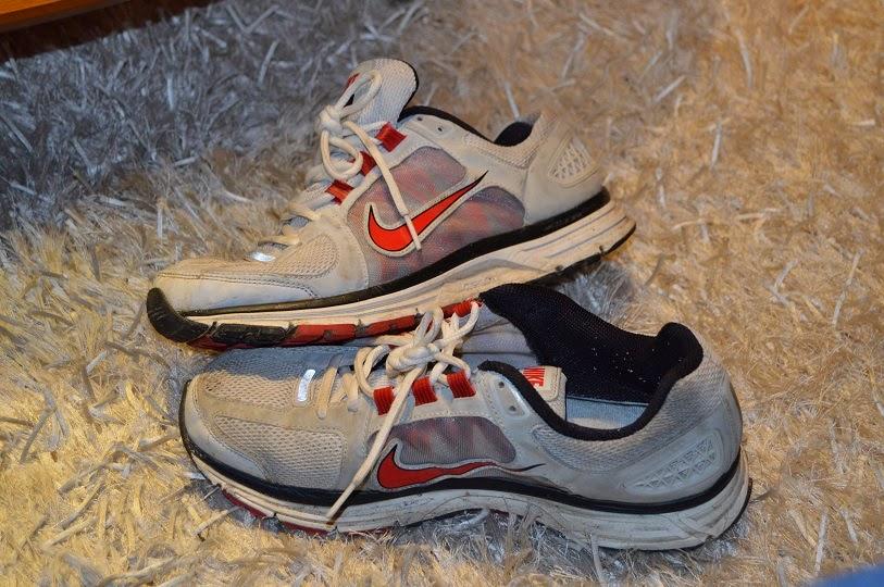 Nike Y Y7fgv6by Viajes Pensamientoszapatillas Vomero De 9 Correr SpGqzVUM