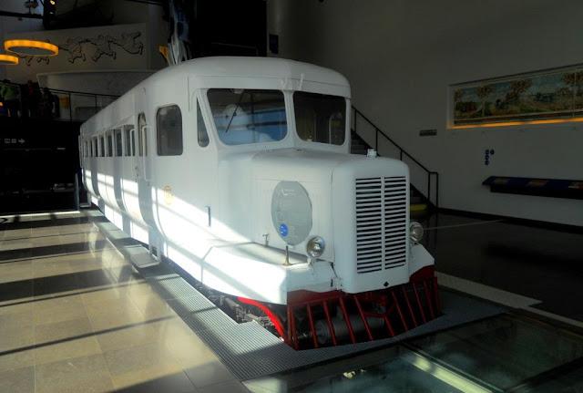 Auvergne, Puy de Dôme, Michelin, Micheline, trein op rubberbanden