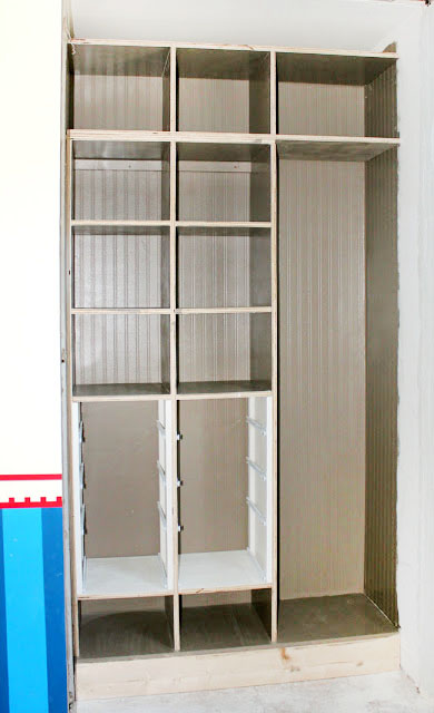 how maximize storage space in a small closet