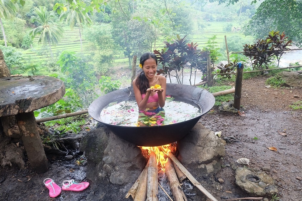 kawa hot bath in antique philippines