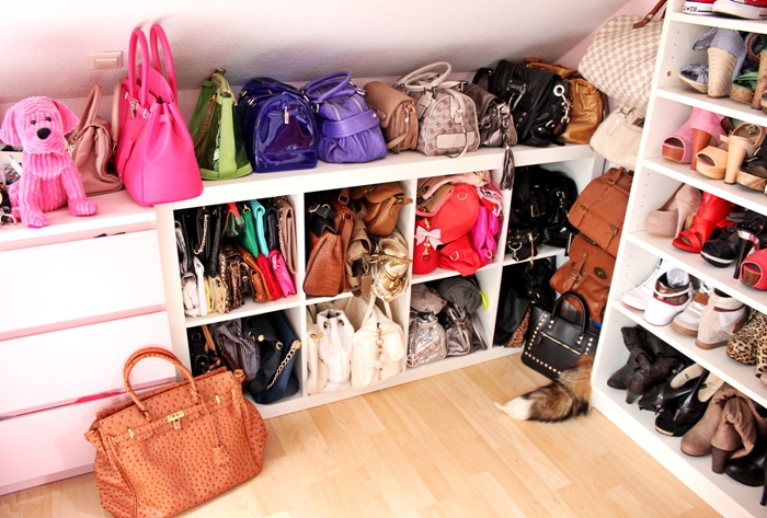 welcome to my closet my handbag collection fashion kitchen. Black Bedroom Furniture Sets. Home Design Ideas