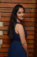 Radhika Mehrotra in a Deep neck Sleeveless Blue Dress at Mirchi Music Awards South 2017 ~  Exclusive Celebrities Galleries 002.jpg
