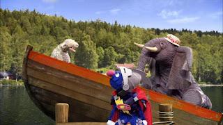 Super Grover 2.0 Rockin' the Boat, elephant sheep boat, Sesame Street Episode 4306 The Letter G Song
