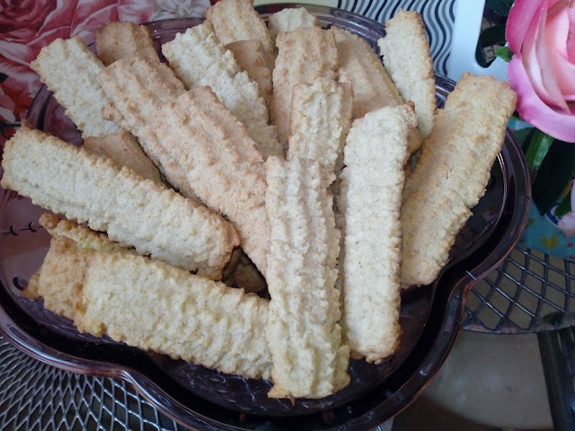 Ciastka maszynkowe ciastka z maszynki ciastka krecone przez maszynke ciasta z maki owsianej ciastka owsiane ciasteczka owsiane ciastka kruche ciastka pszenno owsiane