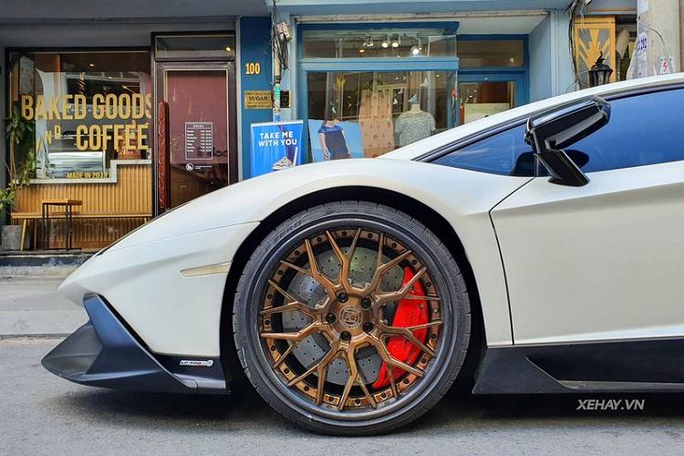 Lamborghini Aventador độ 50th Anniversario độc nhất Việt Nam
