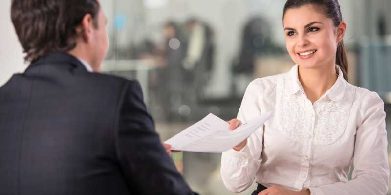 How to Prepare for an Interview [10 Effective Tips]