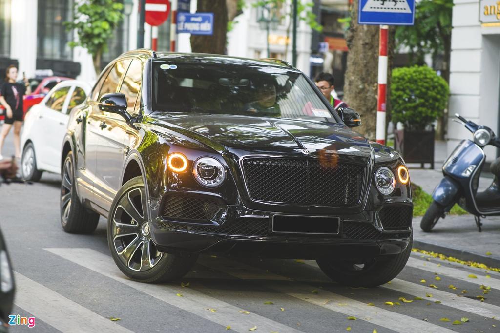 Bentley Bentayga Design Series chính hãng hàng độc ở VN