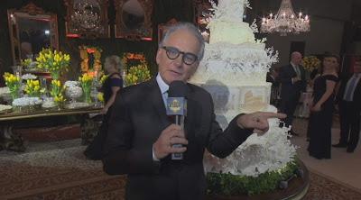 O apresentador no casamento de Beca e Pelegio (Divulgação/SBT)