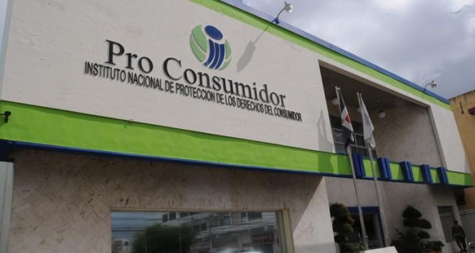 Pro Consumidor detecta estaciones gasolineras engañaban a clientes; cierra 54 dispensadores