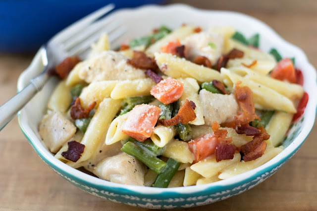 One-Pot-Creamy-Chicken-and-Vegetable-Pasta-Recipe
