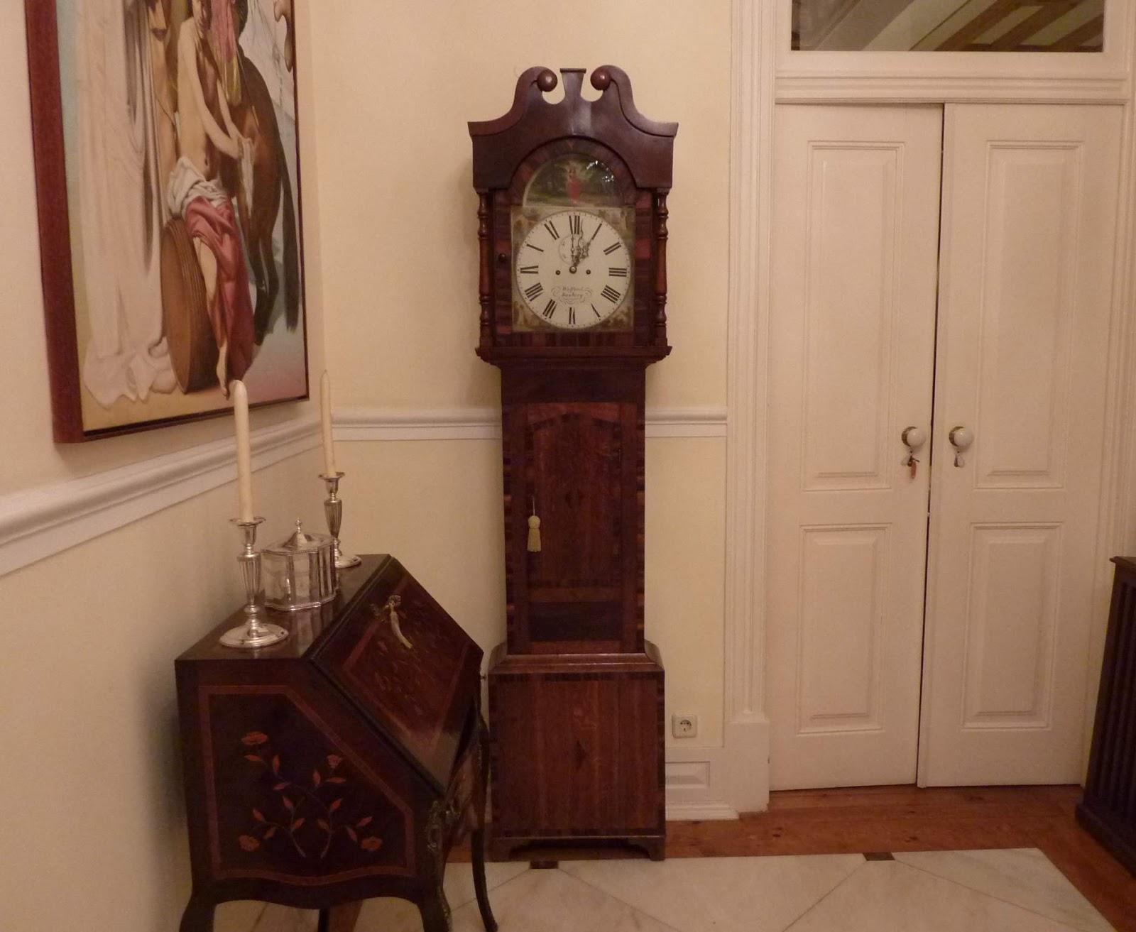 45694ca32c5 Restauro Reparação Relógios Antigos Lisboa  Relógio caixa alta Inglês