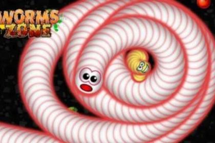 WormsZone mod apk (Unlimited Money) 2020 Terbaru