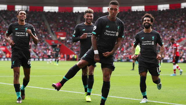 Roberto Firminho, Mohammed Salah, Trent-Arnold and Oxlade Chamberlain celebrate Firminho's goal for Liverpool in their win over Southampton