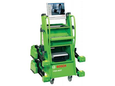 Máy cân chỉnh góc đặt bánh xe công nghệ 3D Bosch