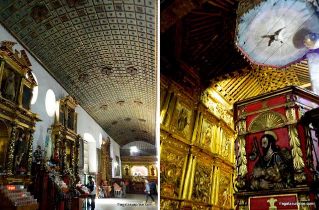 Interior da Igreja de San Francisco, Bogotá, Colômbia