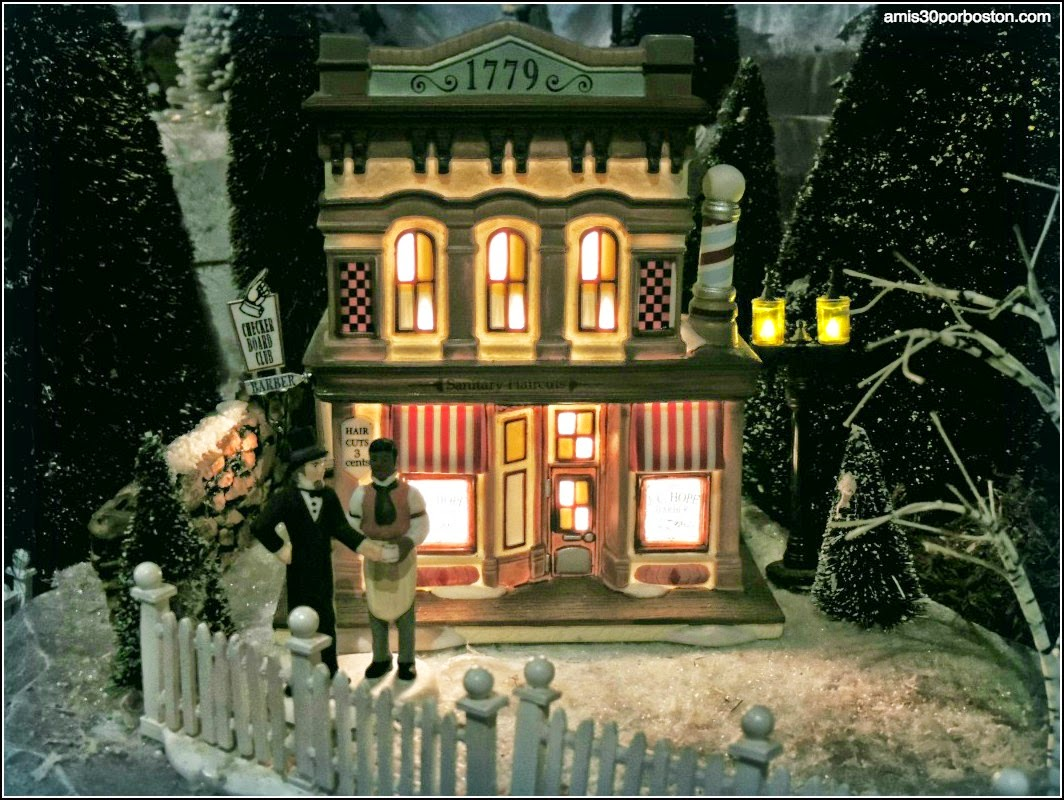 Yankee Candle Village: Black Forest