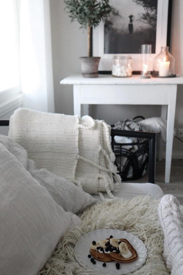olohuone, olohuoneen sisustus, vaalea koti, rustiikkinen koti, rustic home, livingroom interior, lantligt hem, pannari