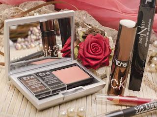 souvenir-lamaran-alat-kosmetik.jpg