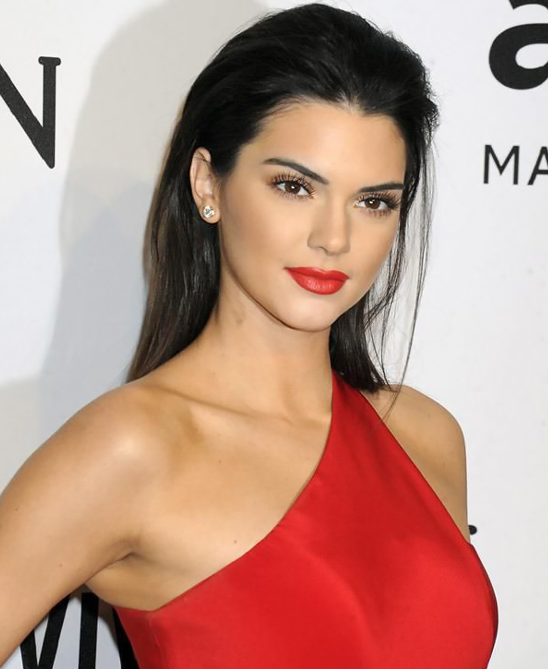kendall jenner with her hair combed back