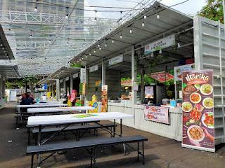 Suasana Jakarta Food & Park Thamrin 10