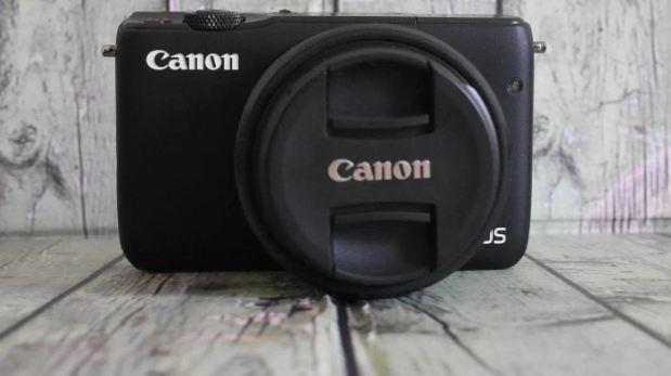 Harga dan Spesifikasi Canon EOS M10  8a0dc0e7dc