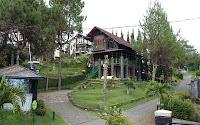 Villa Tiramisu istana bunga