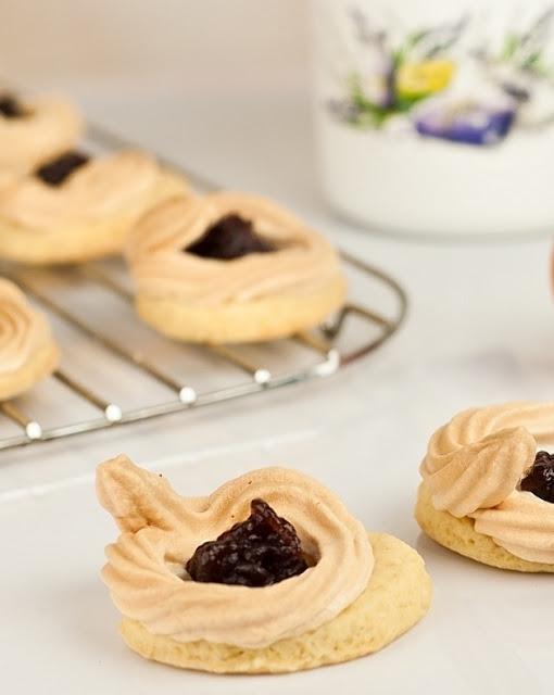 Ciasteczka-maslane-z-konfitura