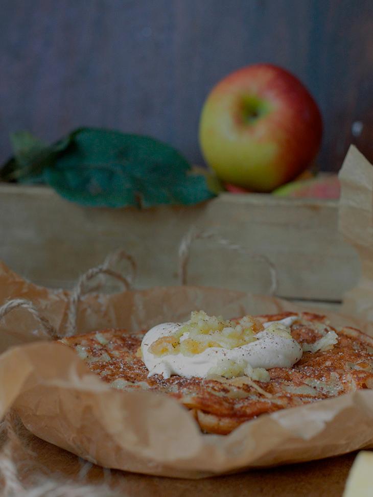 omenapiirakkavohvelit
