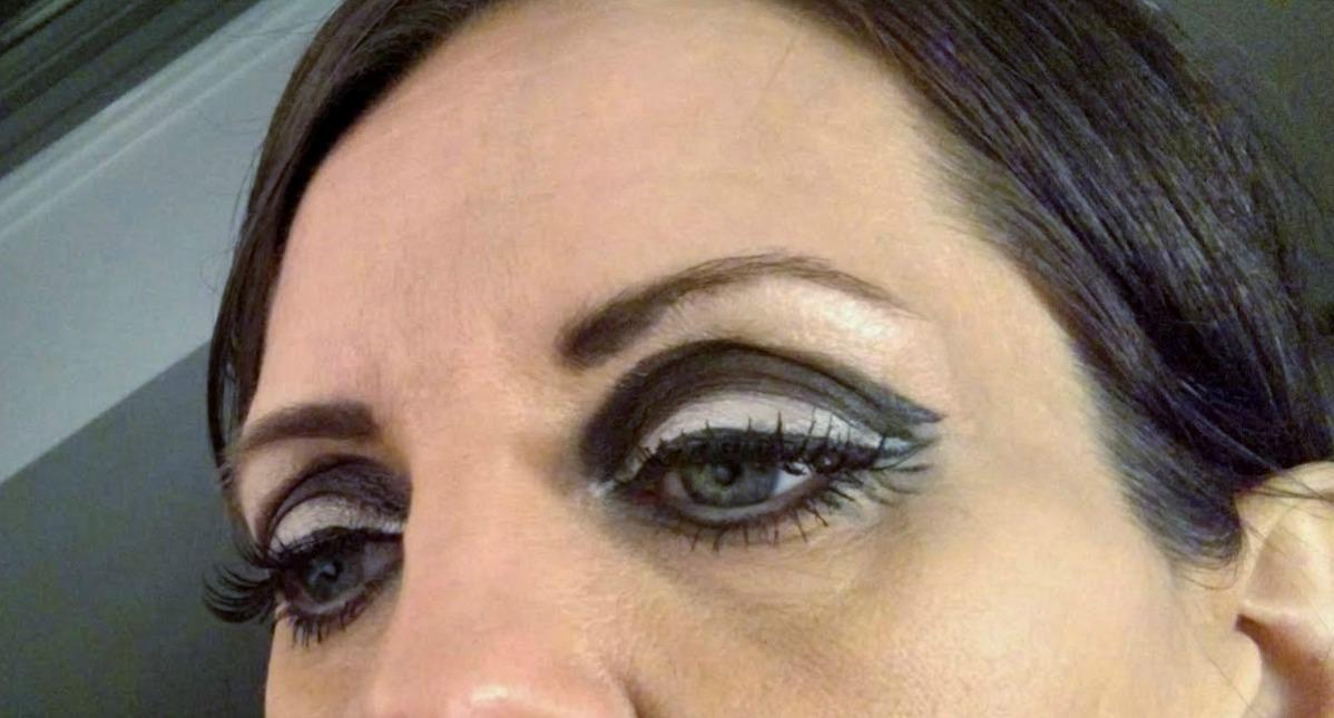 93be7e423e5 The Juicy Beauty Word: Twiggy Style Eye Makeup