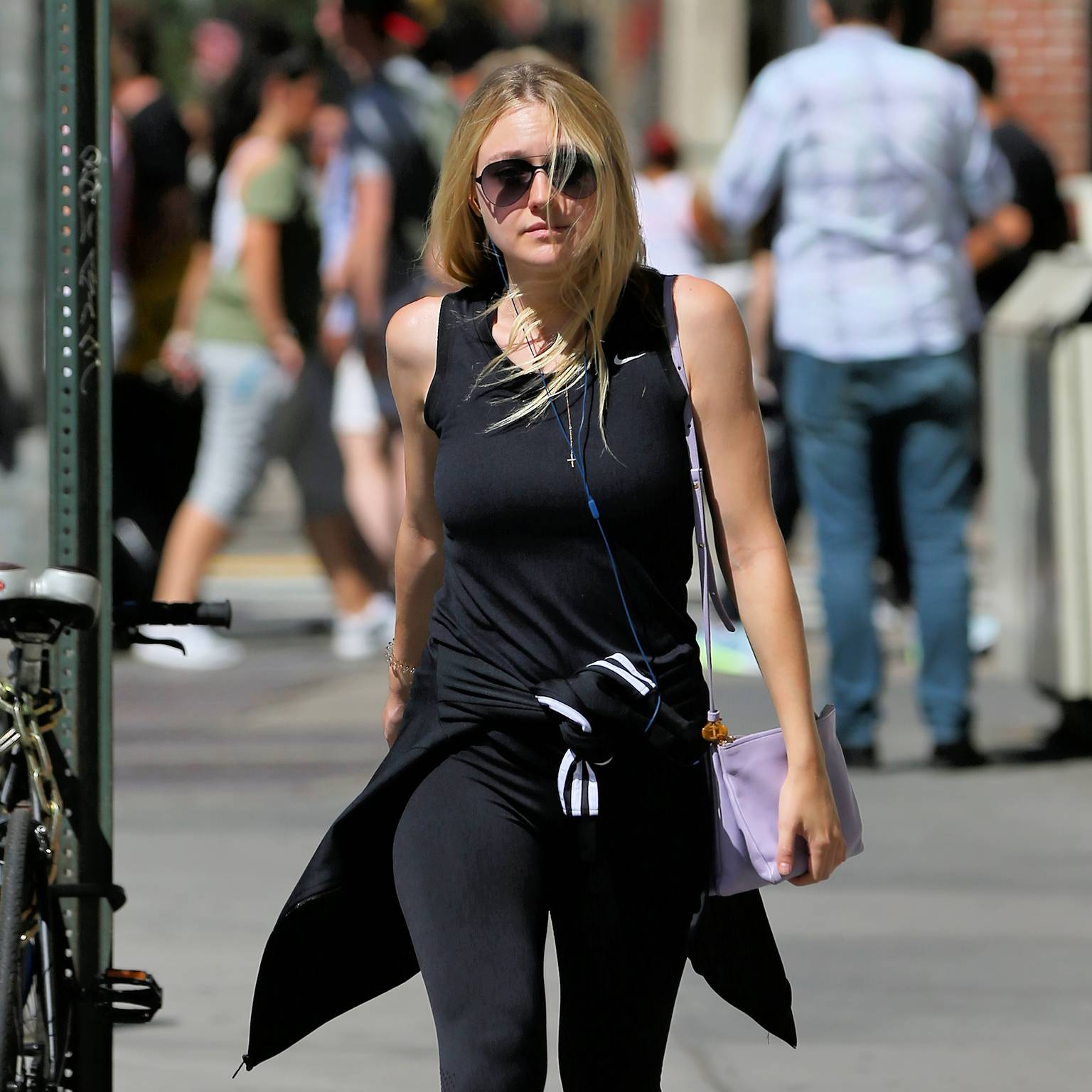 Dakota Fanning – Walks Home From The Gym in New York City