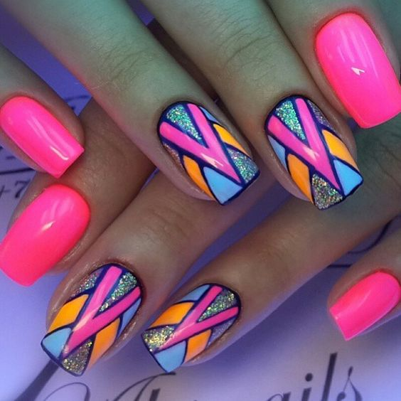 trendy summer nail art idea