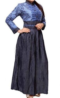 Model gamis batik kombinasi lengan panjang simpel