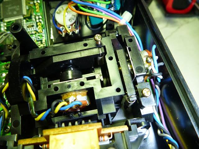 兩個傻瓜: JR X-3810 A.D.T 改搖桿模式教學(含油門微調修正)