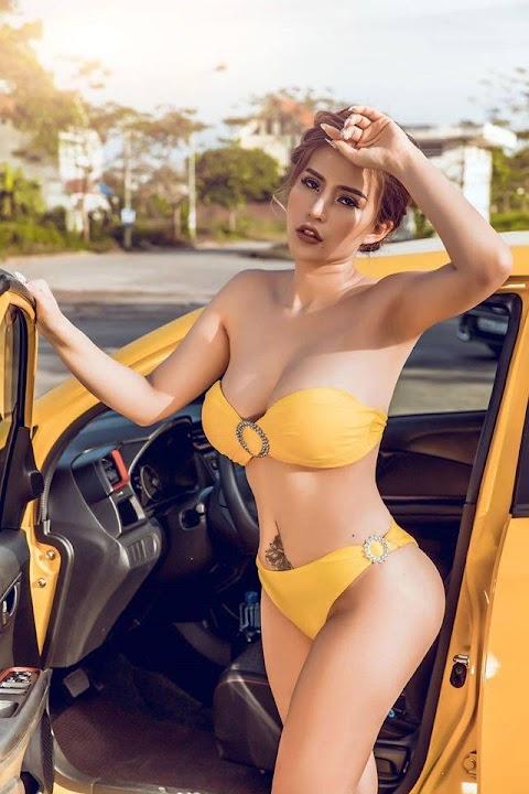Gái xinh vú to bên xe hơi nhìn không phê không bao giờ post