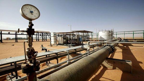 Terroristas del Daesh atacan campo petrolífero en Libia