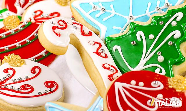 https://www.theslowroasteditalian.com/2013/12/best-tasting-sugar-cookie-icing-recipe.html
