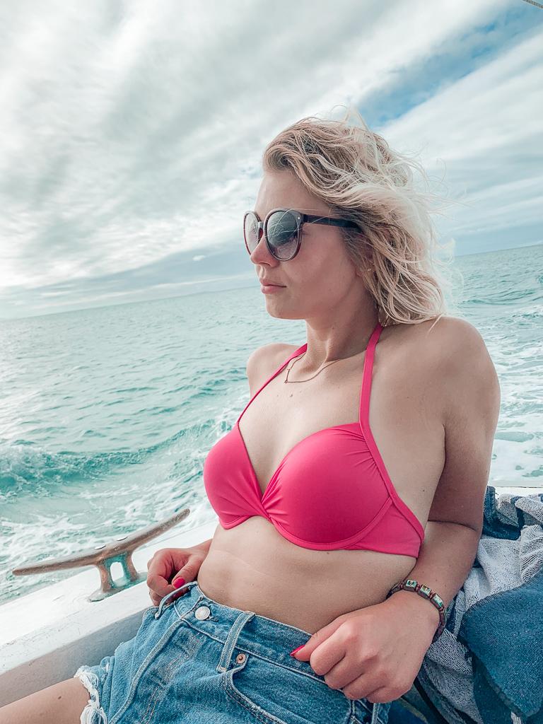 snorkleing in fiji