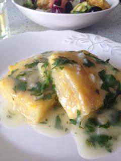 Presentación tortilla en salsa verde